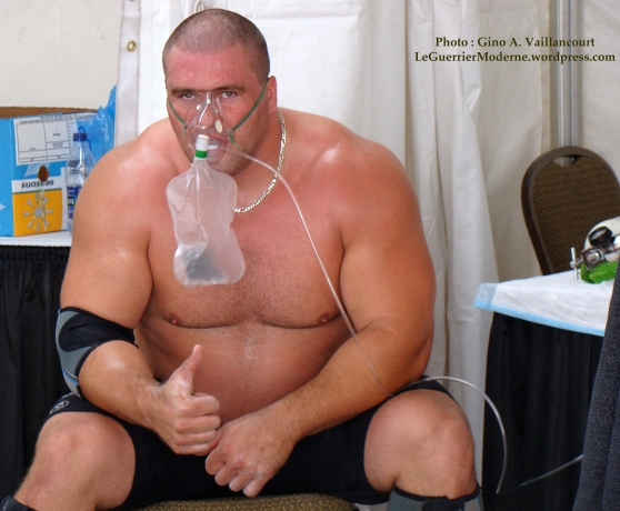 Christian Savoie homme fort du Canada oxygène