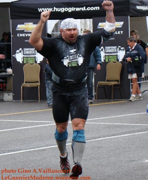 Mike Sanders strongman Canada Guerrier Moderne